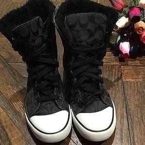 🖤COACH  sneakers a high fleece Lace up 🖤SZ(7-B)
